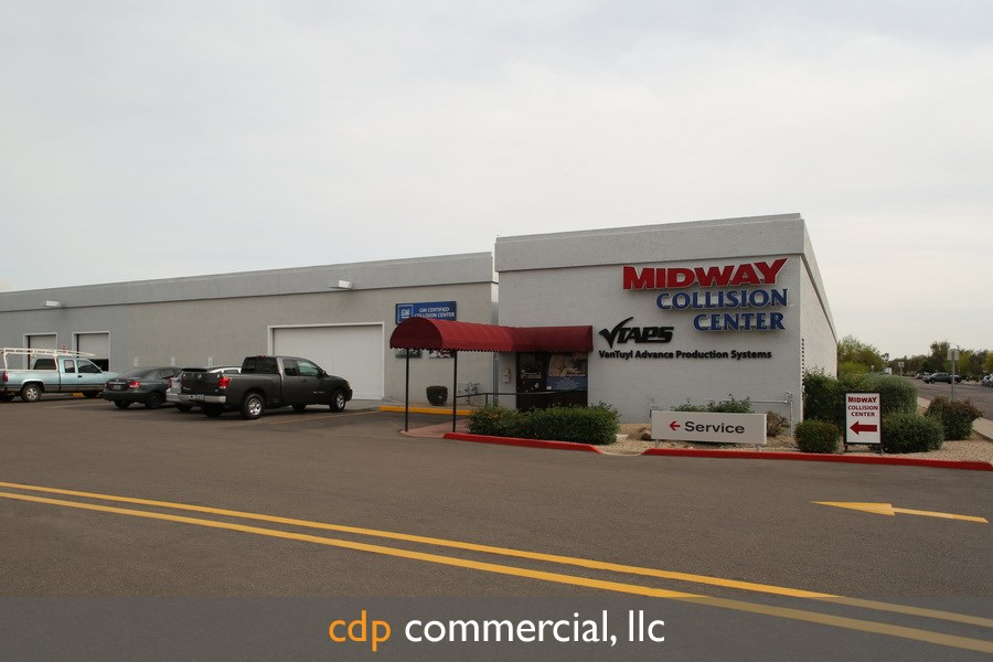 midway-collision-center-copyright-2014-cdp-commercial-llc-this-image-is-only-granted-to-the-company-that-purchased-this-image-these-rights-are-nontransferable-to-any-party-this-images-may-not-be-distributed-shared-given-borrowed-or-sold-in-any-manner-to-other-parties-as