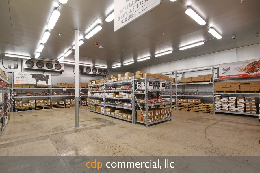 us-food-chefs-store-tempe-copyright-2014-cdp-commercial-llc-this-image-is-only-granted-to-the-company-that-purchased-this-image-these-rights-are-nontransferable-to-any-party-this-images-may-not-be-distributed-shared-given-borrowed-or-sold-in-any-manner-to-other-parties-as